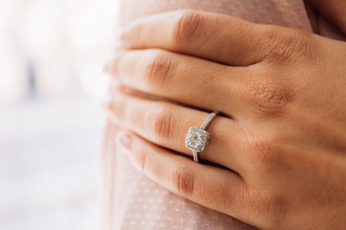 Anillo de diamantes BELEN
